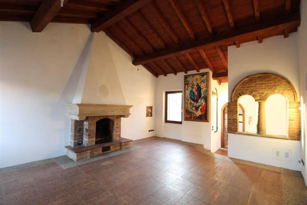 Casa semi indipendente in vendita a Piacenza Centro storico ...