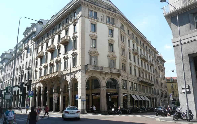 QUADRILATERO, MILANO, Ufficio in affitto di 135 Mq, Riscaldamento Centralizzato, Classe energetica: D, posto al piano 1°, composto da: 5 Vani, 1