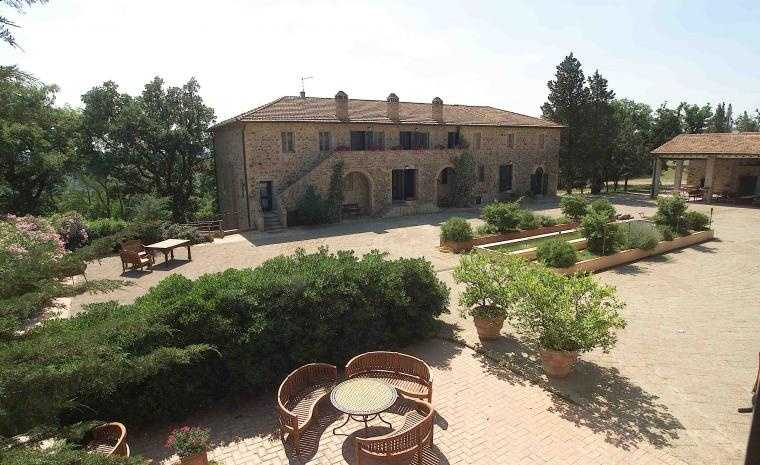 Agriturismo in vendita a Civitella Paganico, 9999 locali, zona Zona: Monte Antico, Trattative riservate | CambioCasa.it