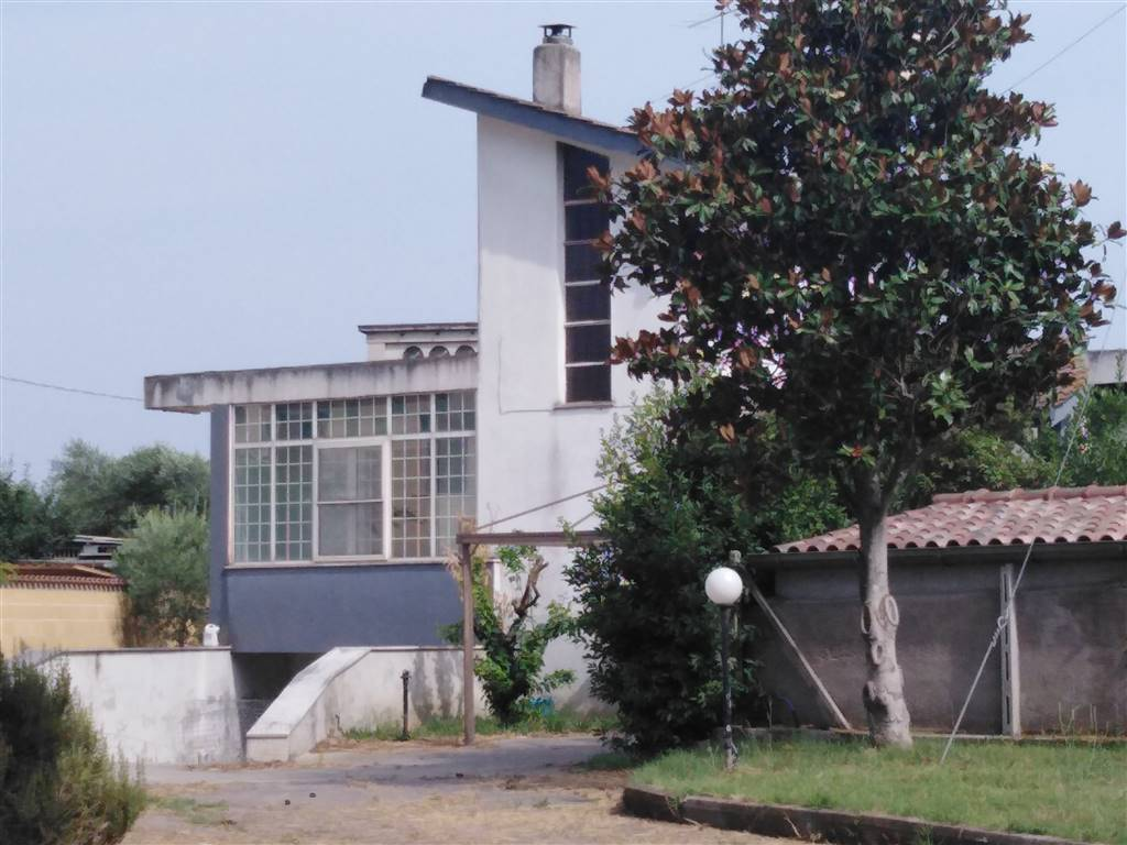 Villa, Campodicarne, Aprilia, abitabile