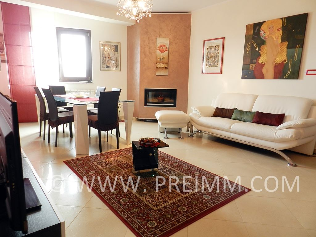 Villa in vendita a Pignola, 5 locali, Trattative riservate | CambioCasa.it