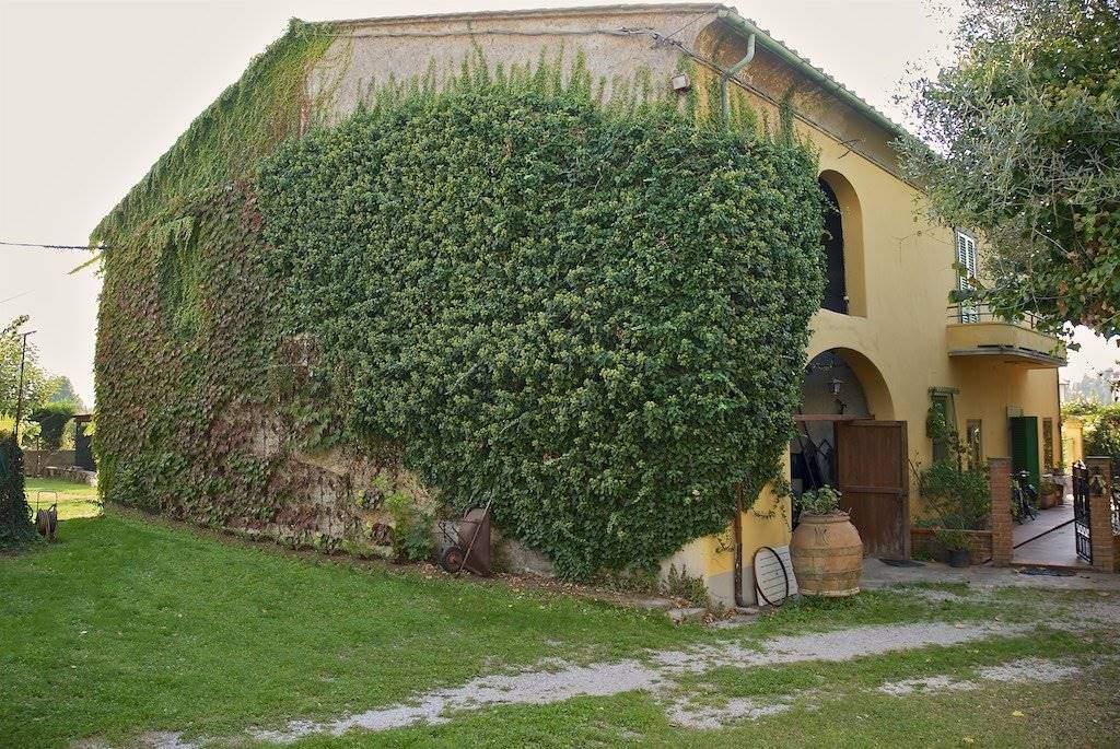 Rustico casale, Pontasserchio, San Giuliano Terme, da ristrutturare