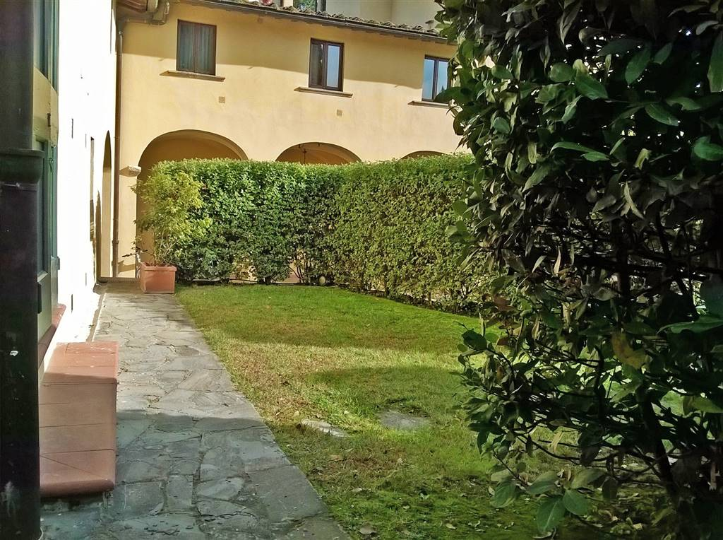 Appartamento indipendente, Poggio Imperiale, Piazzale Michelangelo, Pian Dei Giullari, Firenze, ristrutturato