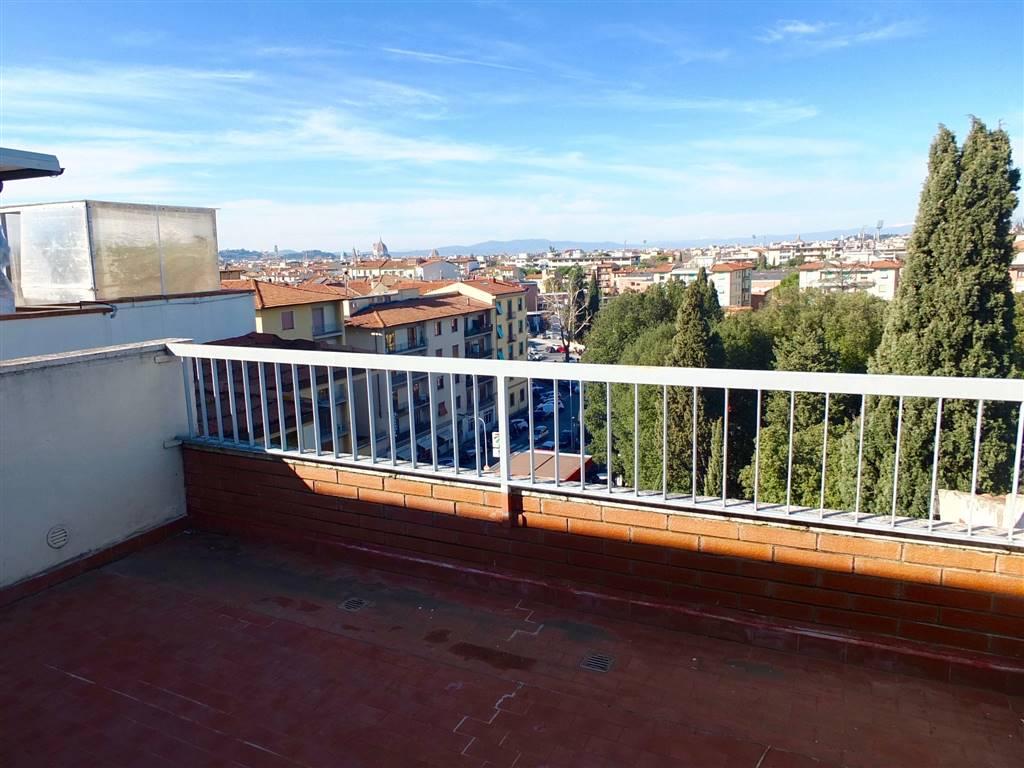 Attico / Mansarda in vendita a Firenze, 8 locali, zona Zona: 18 . Settignano, Coverciano, prezzo € 570.000   CambioCasa.it