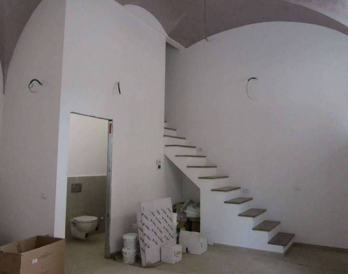 Appartamento in vendita a Firenze, 6 locali, zona Località: CURE, prezzo € 350.000 | CambioCasa.it