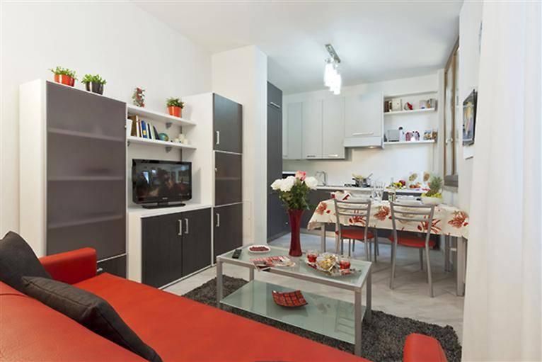 Appartamento in vendita a Firenze, 2 locali, zona Zona: 12 . Duomo, Oltrarno, Centro Storico, Santa Croce, S. Spirito, Giardino di Boboli, prezzo € 330.000 | CambioCasa.it