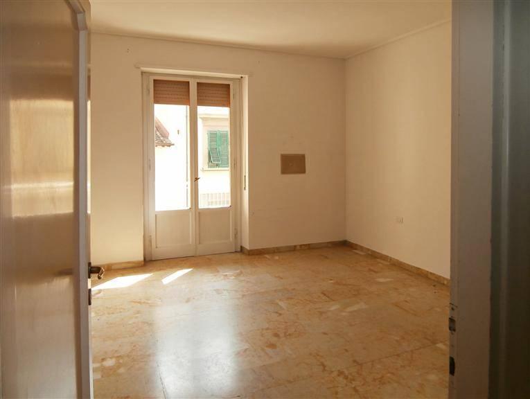 camera prima ristrutturazione
