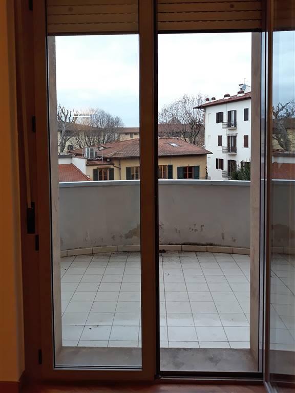 grande vetrata su terrazzo