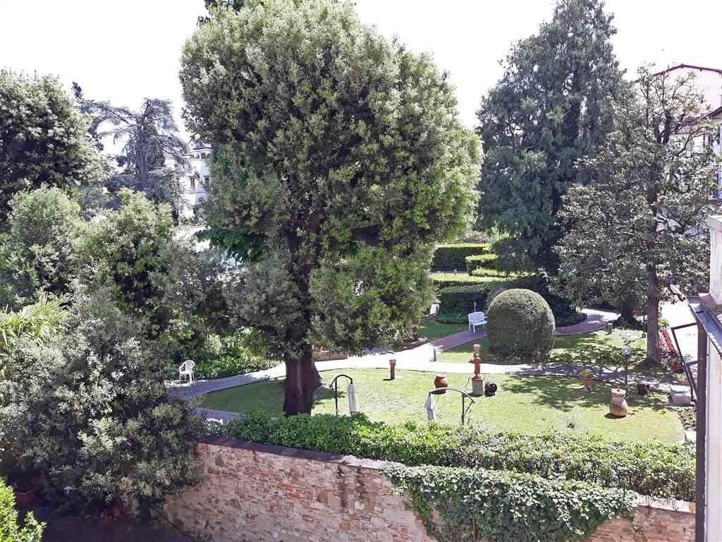 affacci sui giardini interni