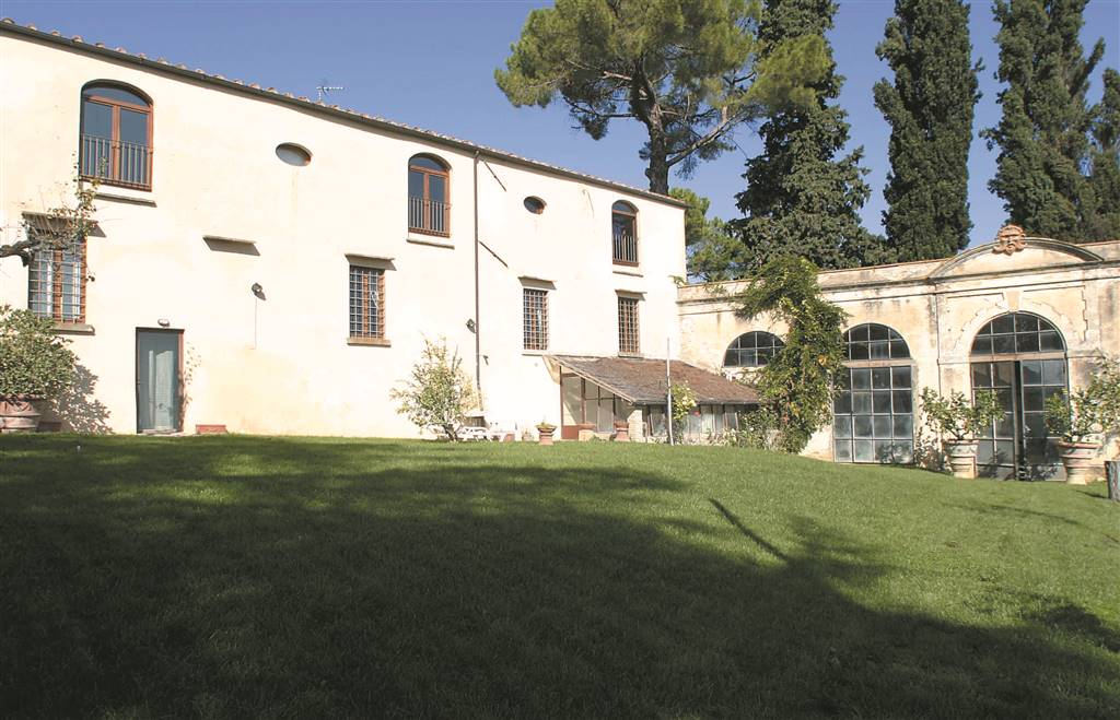 SANT'ANDREA IN PERCUSSINA, SAN CASCIANO IN VAL DI PESA, Main Farmhouse for rent of 250 Sq. mt., Excellent Condition, composed by: 8 Rooms, Separate