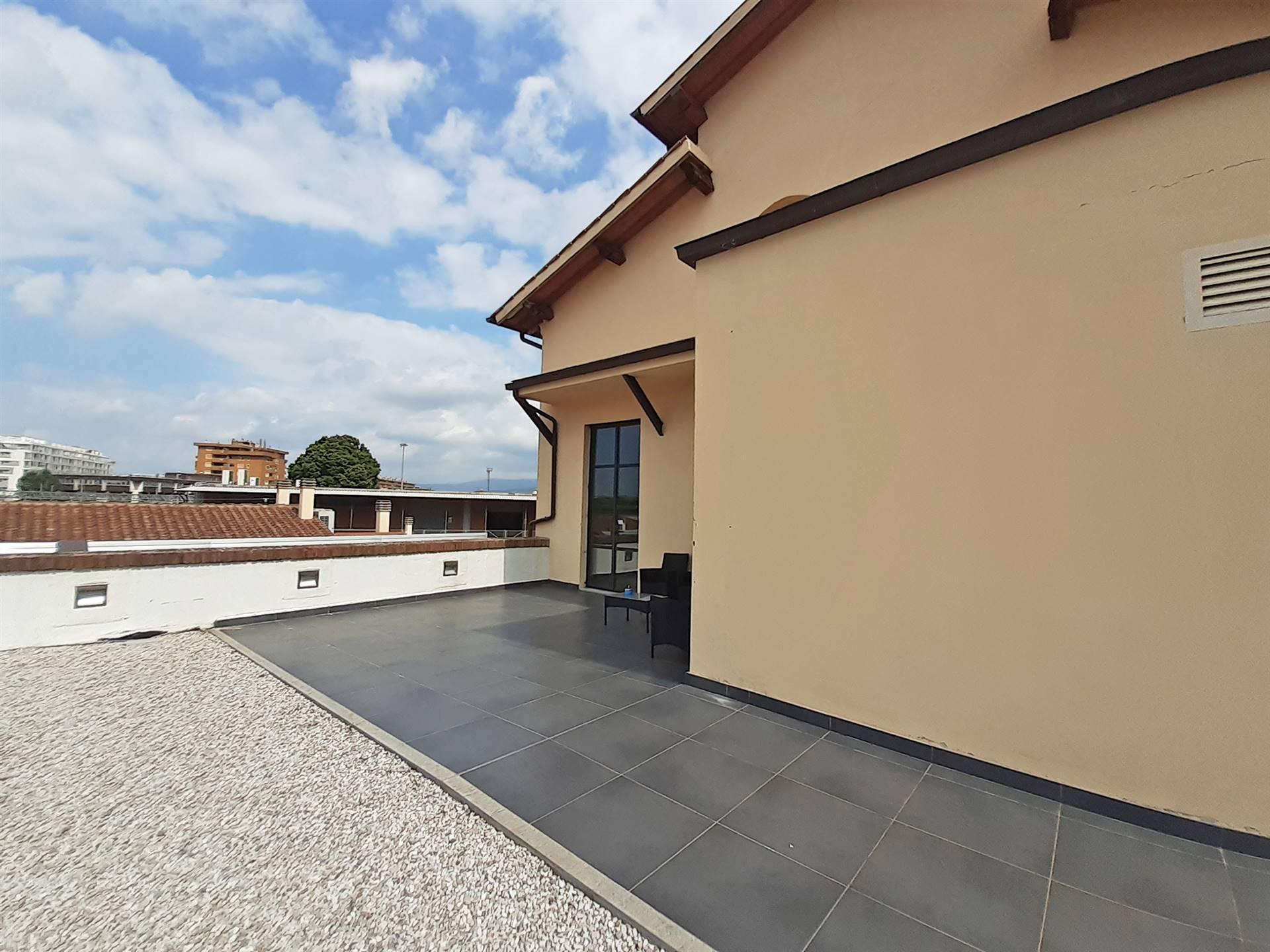 esterno con terrazzo