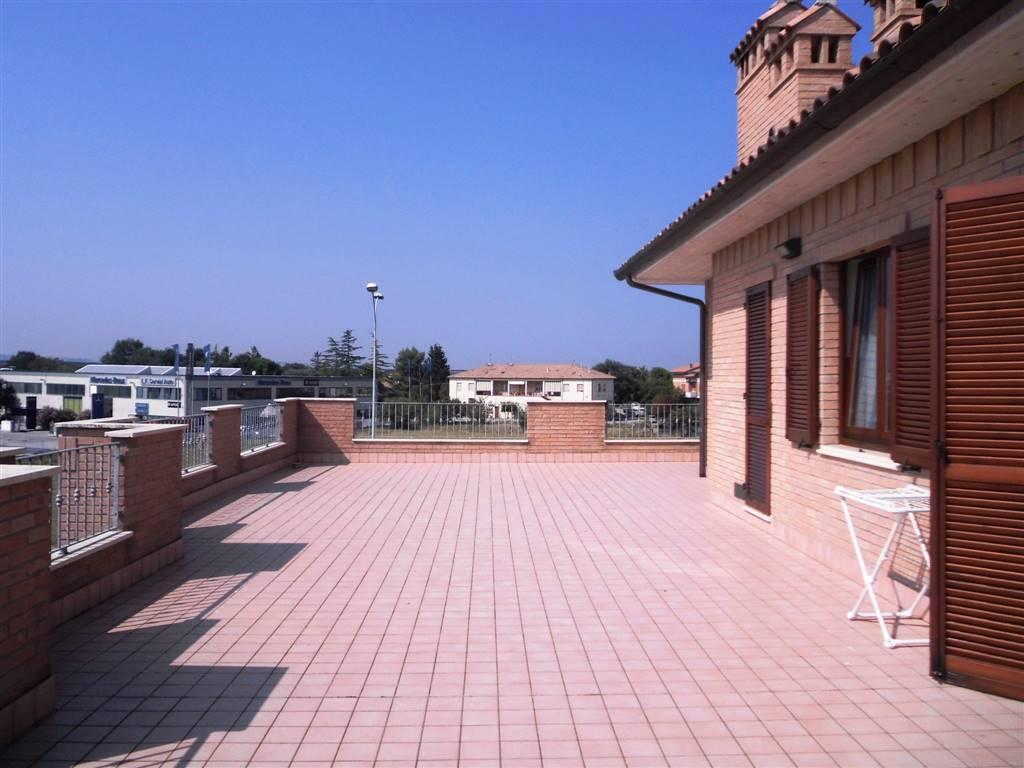 Attico / Mansarda in vendita a Chiaravalle, 4 locali, prezzo € 250.000 | CambioCasa.it