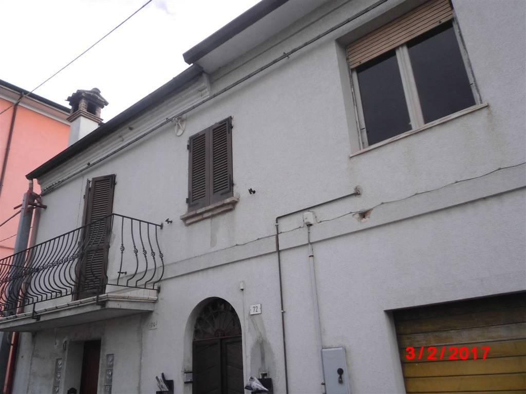 Soluzione Indipendente in vendita a Chiaravalle, 4 locali, prezzo € 70.000 | CambioCasa.it