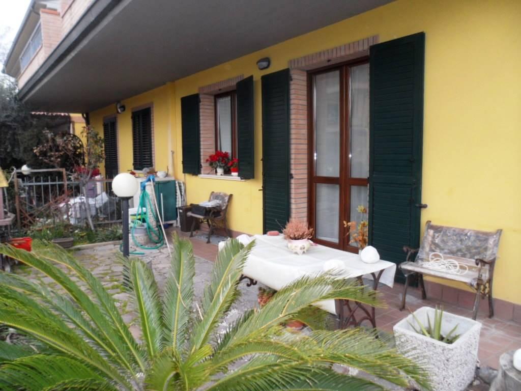 Appartamento in vendita a Monte San Vito, 3 locali, zona Zona: Borghetto, prezzo € 135.000 | CambioCasa.it