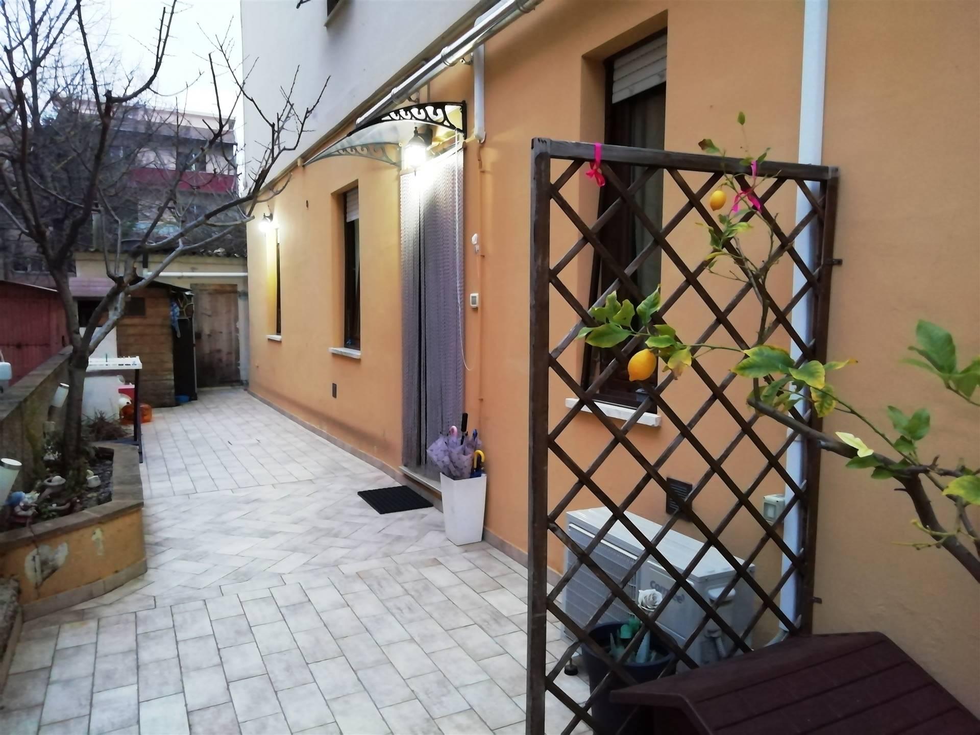 Appartamento in vendita a Chiaravalle, 3 locali, prezzo € 79.000 | CambioCasa.it