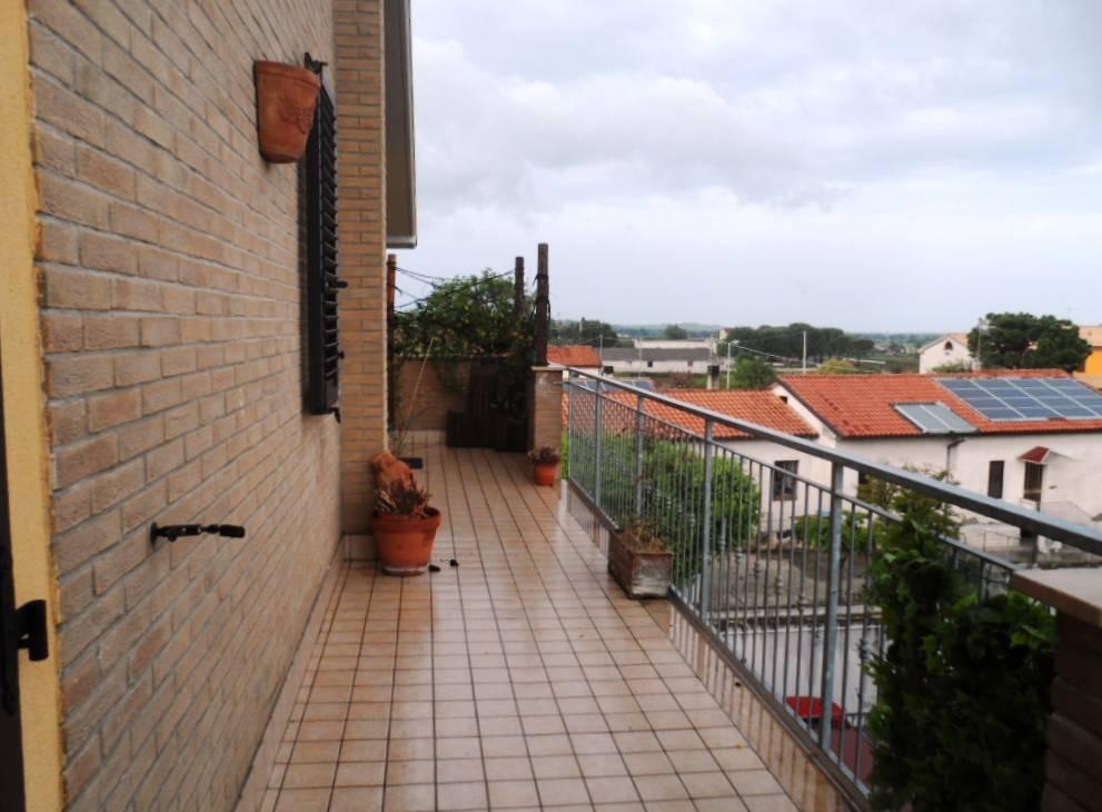 Appartamento in vendita a Monte San Vito, 2 locali, zona Zona: Borghetto, prezzo € 119.000 | CambioCasa.it