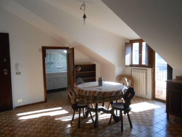 Appartamento in vendita a Millesimo, 6 locali, prezzo € 80.000 | PortaleAgenzieImmobiliari.it