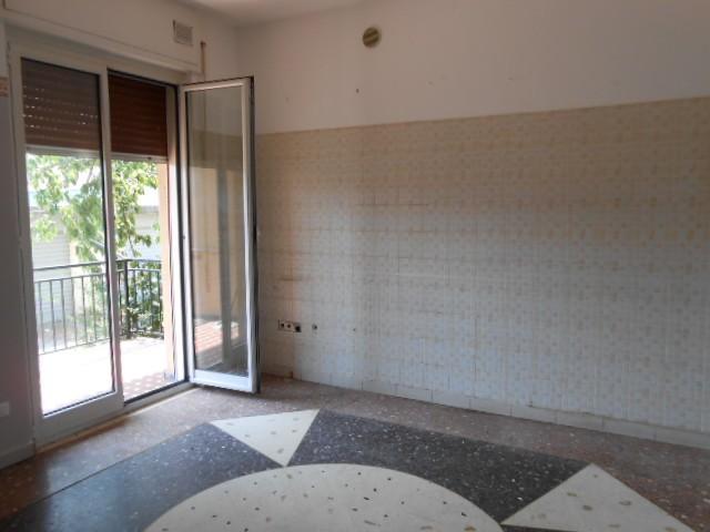 Appartamento in affitto a Cairo Montenotte, 4 locali, prezzo € 400 | PortaleAgenzieImmobiliari.it