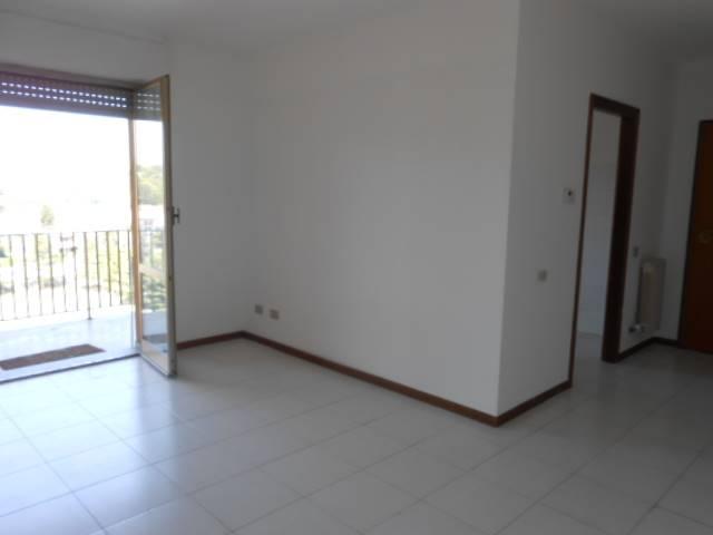 Appartamento in affitto a Cairo Montenotte, 4 locali, prezzo € 350 | PortaleAgenzieImmobiliari.it
