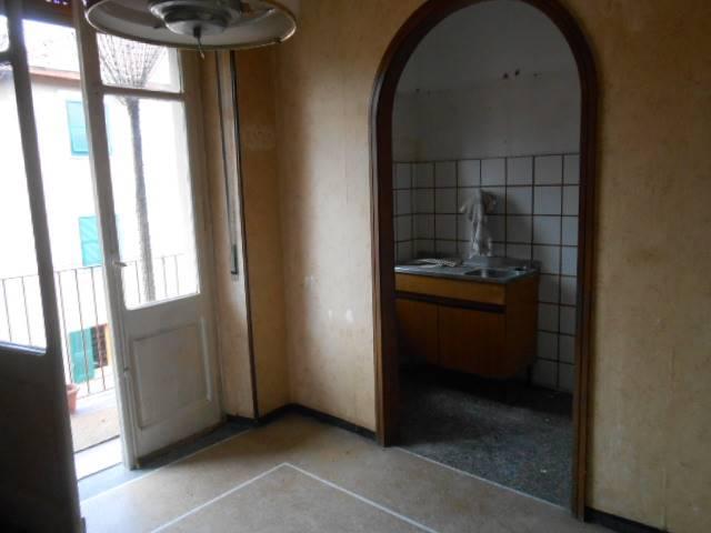 Appartamento in vendita a Millesimo, 6 locali, prezzo € 98.000 | PortaleAgenzieImmobiliari.it