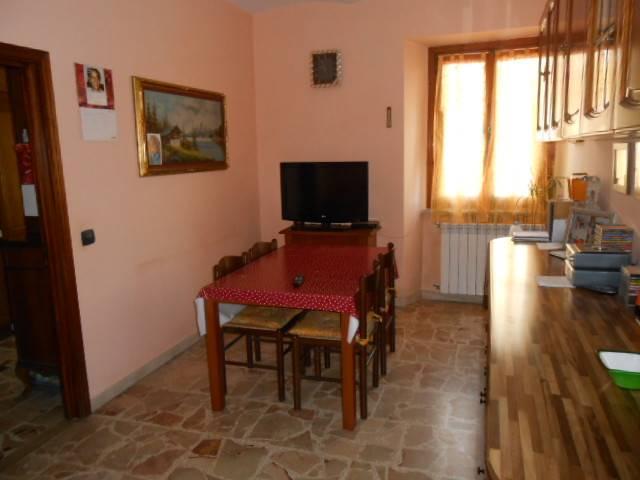 Appartamento in vendita a Millesimo, 4 locali, prezzo € 95.000 | PortaleAgenzieImmobiliari.it