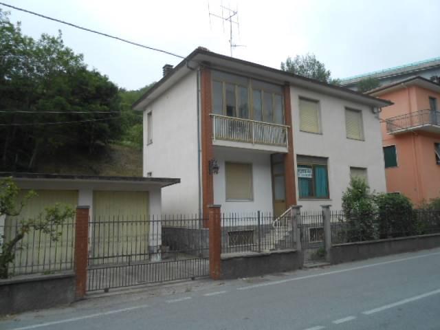 Soluzione Indipendente in vendita a Millesimo, 8 locali, prezzo € 110.000 | PortaleAgenzieImmobiliari.it
