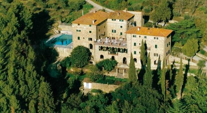 Albergo in vendita a Castiglion Fiorentino, 9999 locali, Trattative riservate | CambioCasa.it