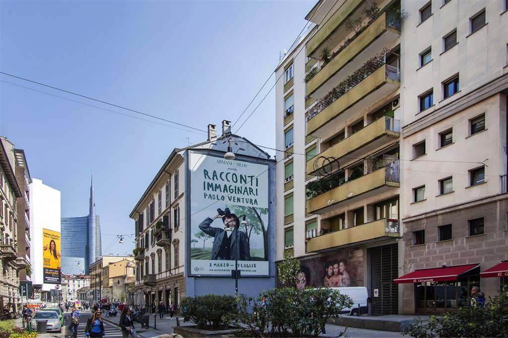 Appartamento in vendita a Milano, 3 locali, zona Località: MOSCOVA, prezzo € 850.000 | CambioCasa.it
