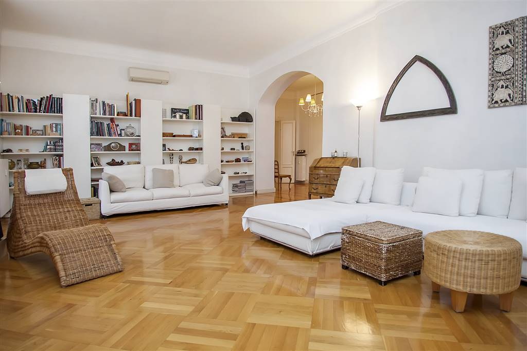 Appartamento in vendita a Milano, 4 locali, zona Zona: 15 . Fiera, Firenze, Sempione, Pagano, Amendola, Paolo Sarpi, Arena, prezzo € 1.780.000 | CambioCasa.it