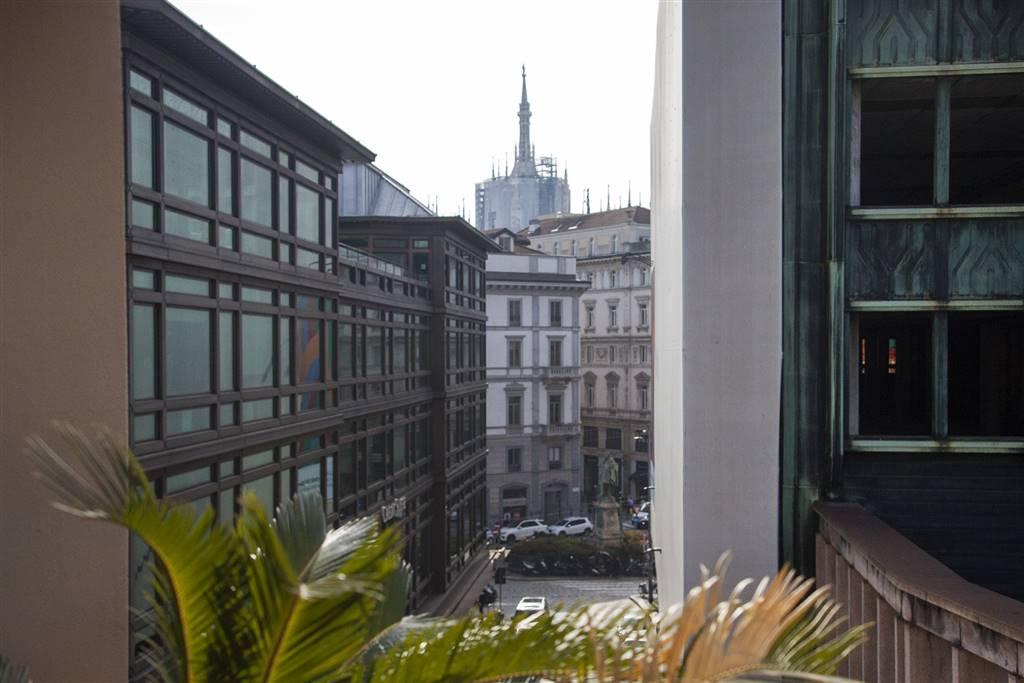 Appartamento in vendita a Milano, 5 locali, zona Località: DUOMO, prezzo € 1.995.000 | CambioCasa.it
