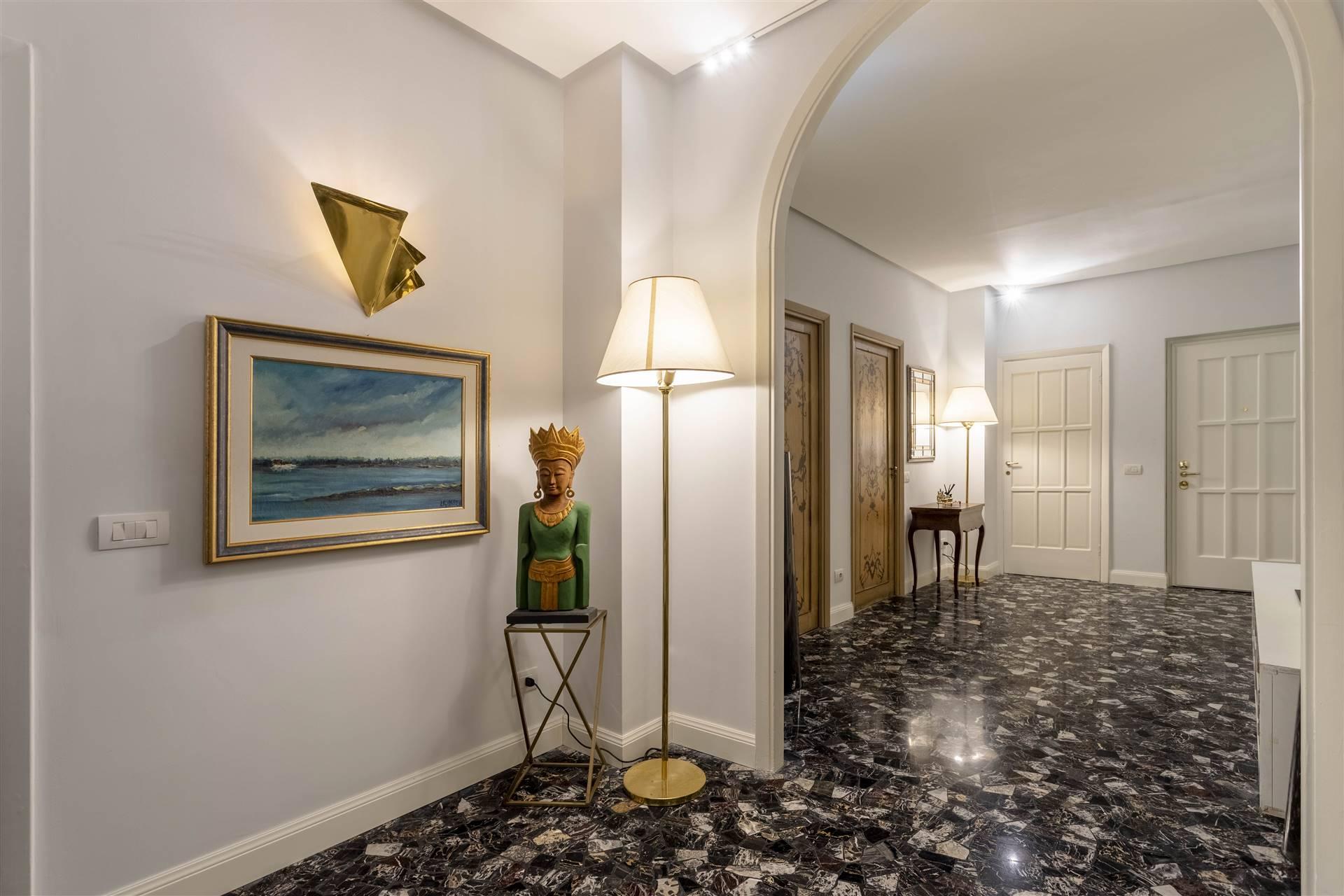 Appartamento in vendita a Milano, 8 locali, zona Località: CITY LIFE, prezzo € 2.100.000   CambioCasa.it