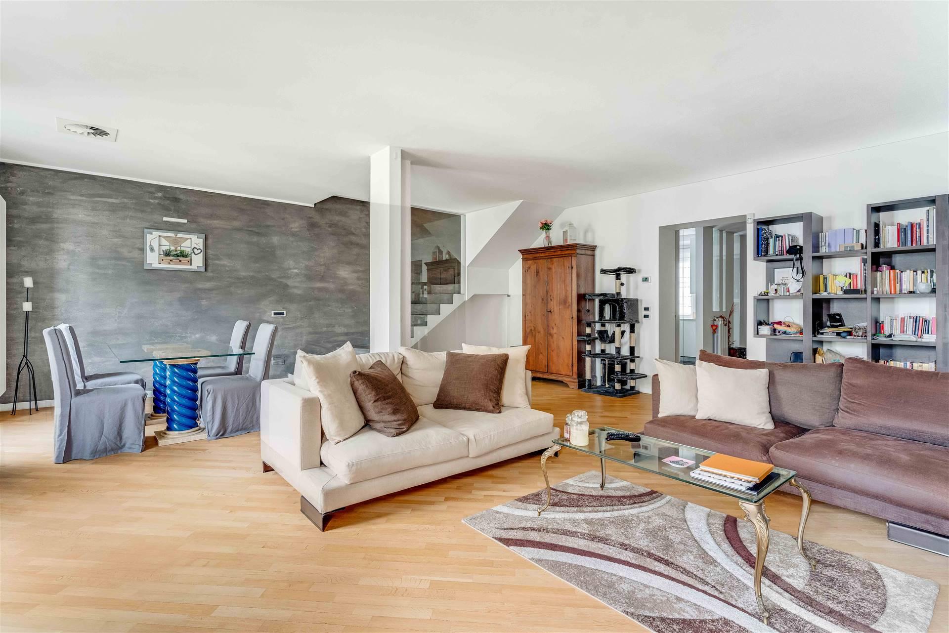 Appartamento in vendita a Milano, 4 locali, zona Località: MOSCOVA, prezzo € 1.790.000   CambioCasa.it