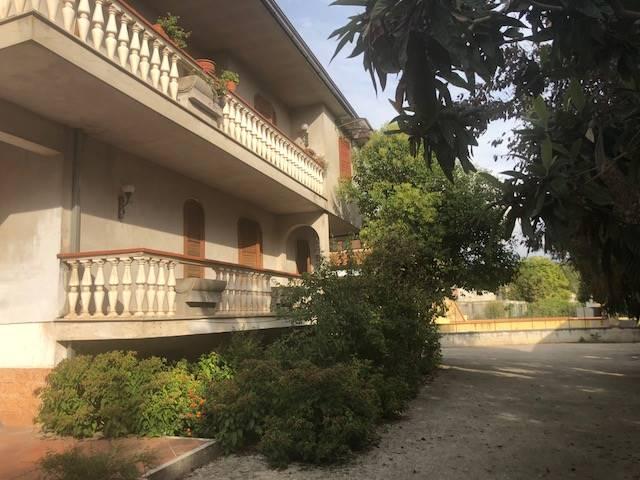 Appartamento in affitto a Frosinone, 5 locali, zona Zona: Centro, prezzo € 680 | CambioCasa.it
