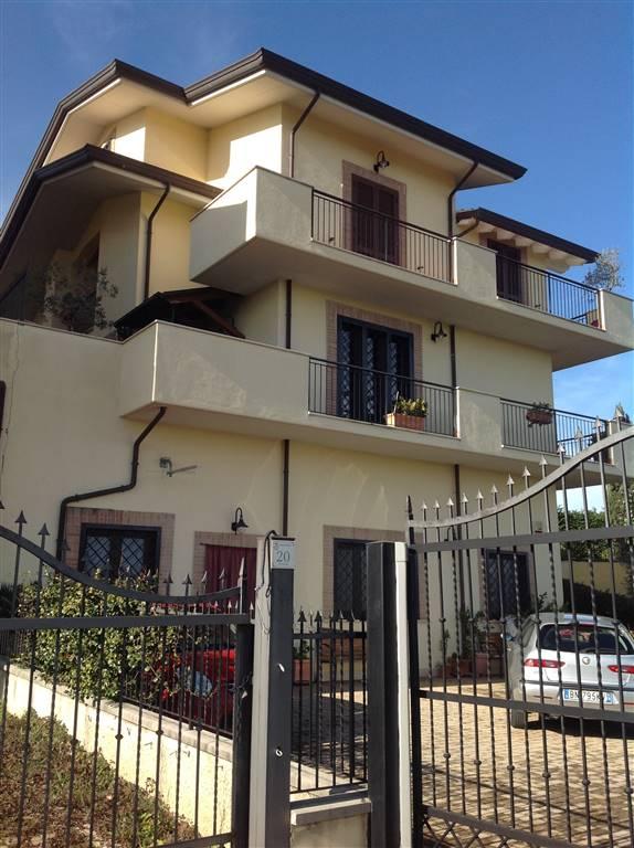 Soluzione Indipendente in vendita a Torrice, 8 locali, zona Località: LA FORCELLA, prezzo € 95.000 | CambioCasa.it