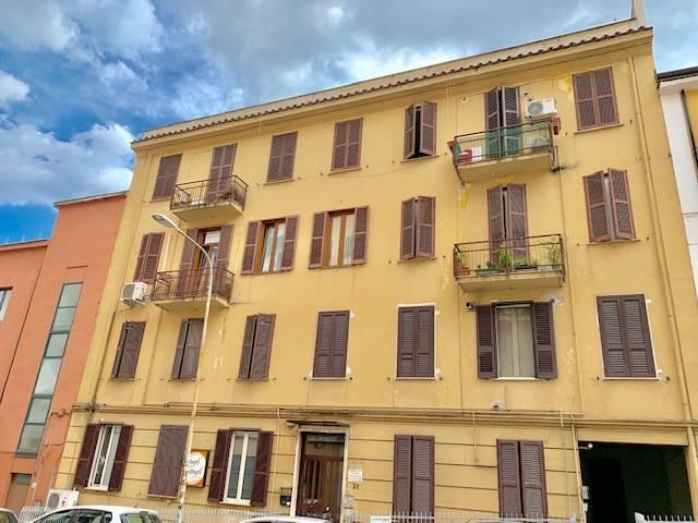 Appartamento in affitto a Frosinone, 5 locali, zona Località: CENTRO ALTO, prezzo € 350   CambioCasa.it
