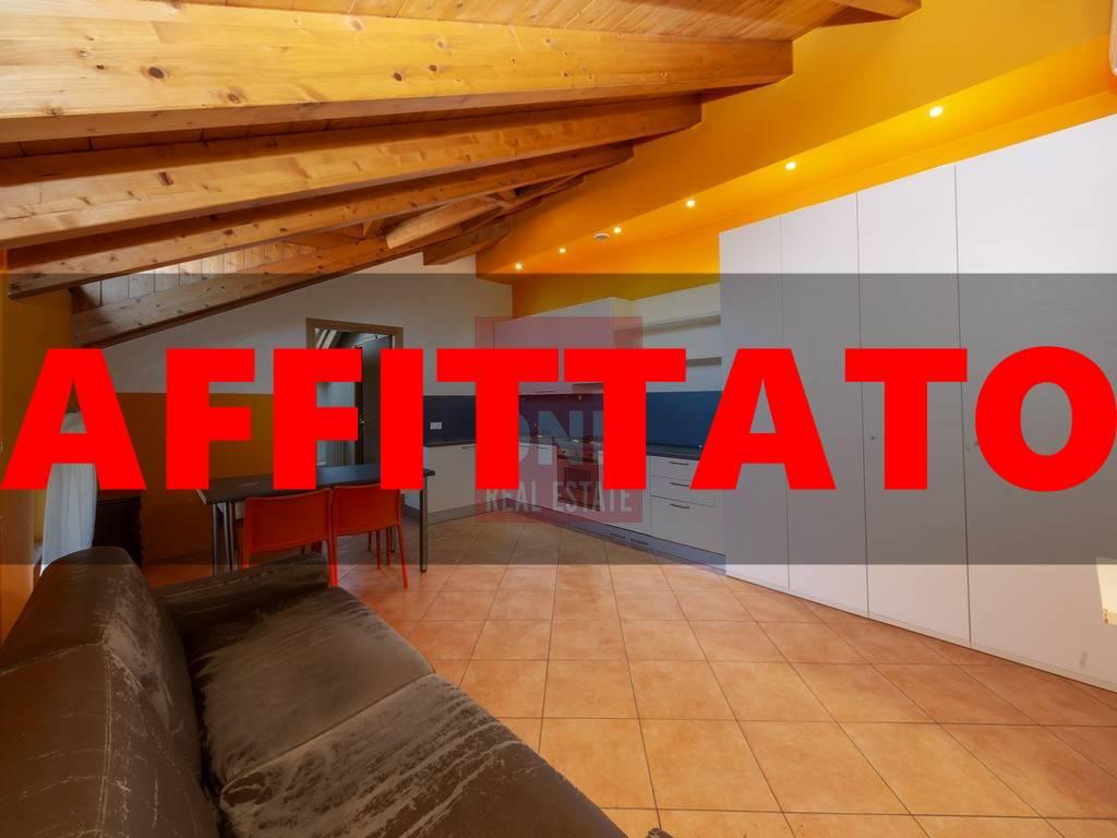 Appartamento in affitto a Monza, 2 locali, zona Zona: 3 . Via Libertà, Cederna, San Albino, prezzo € 540 | CambioCasa.it