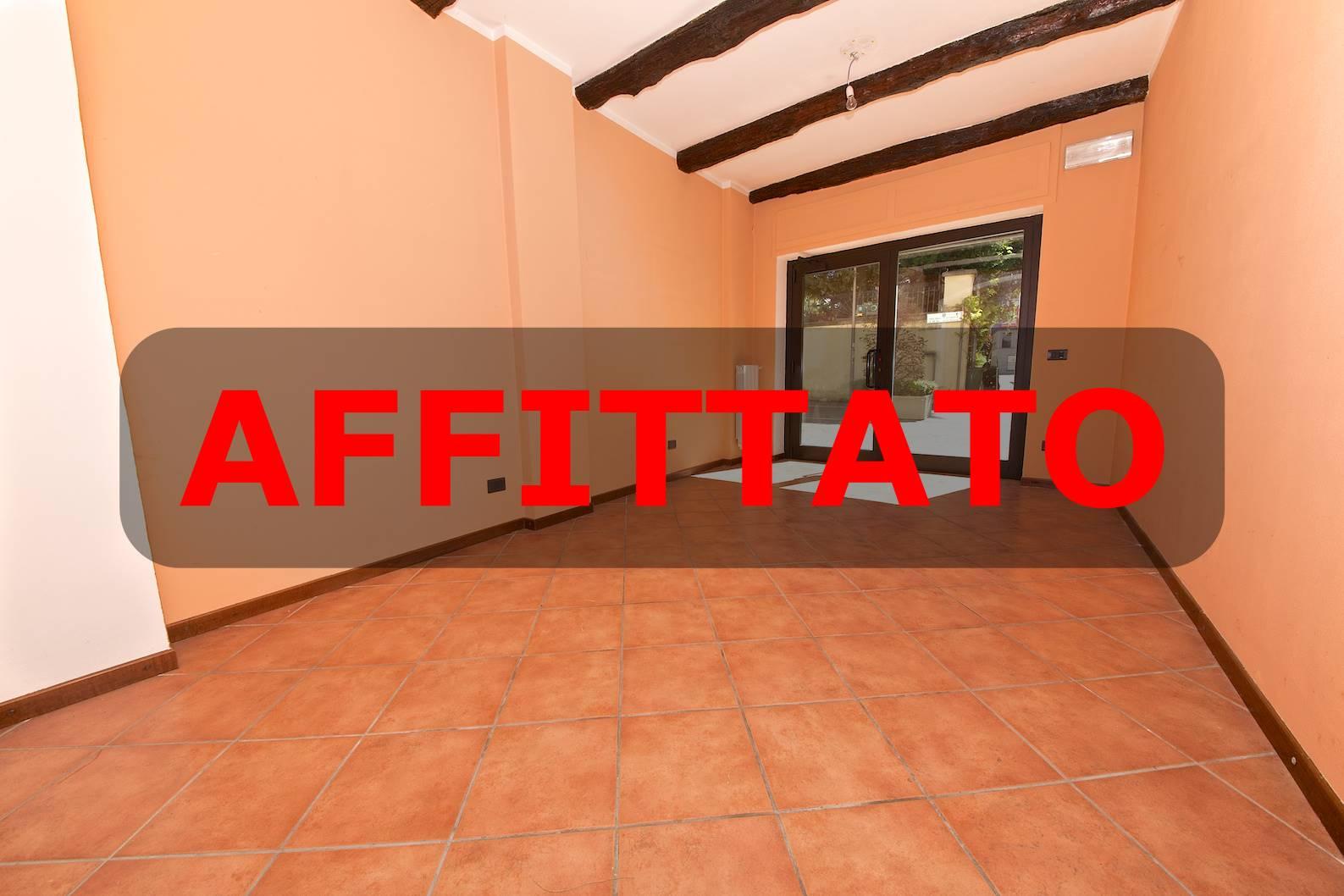 Negozio / Locale in affitto a Villasanta, 1 locali, prezzo € 420 | CambioCasa.it