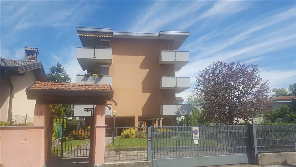 Garage / Posto auto in Via Della Blandoria  13, Centro Storico, San Gerardo, Libertà, Monza