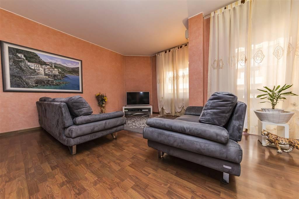 Appartamento a VILLASANTA 151 Mq | 4 Vani - Garage