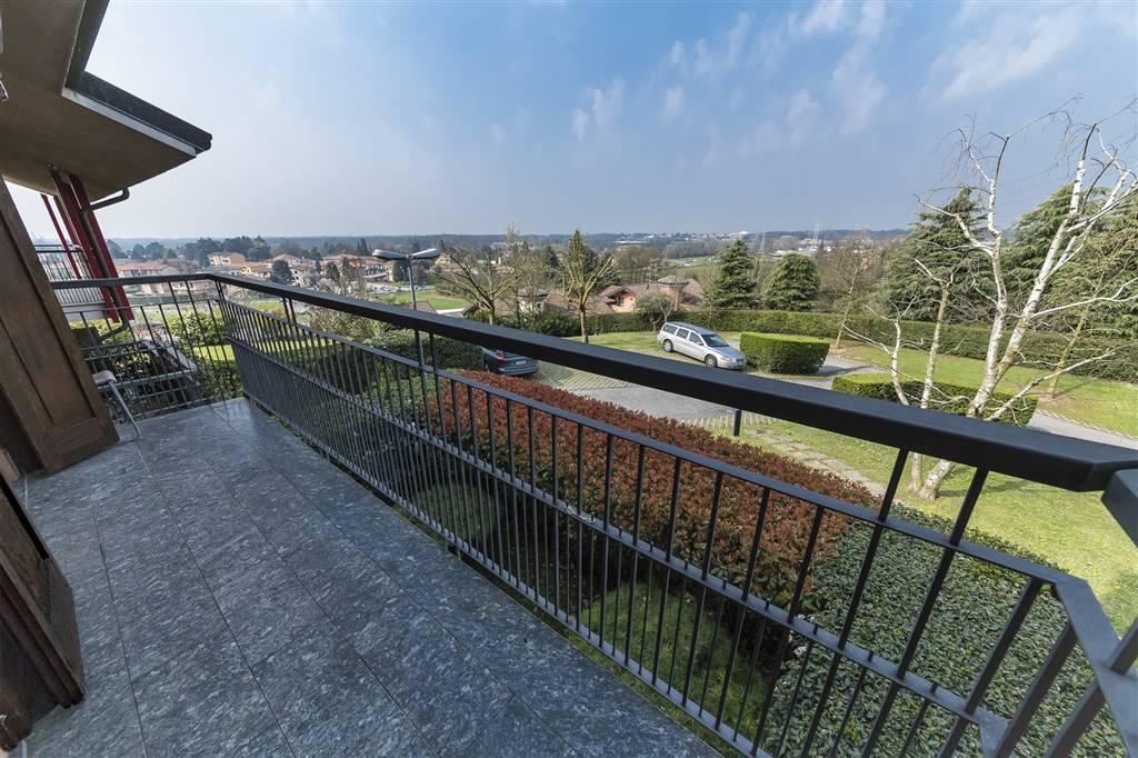 Monolocale Lesmo Vendita € 83.000 zona Peregallo 40 mq riscaldamento ...
