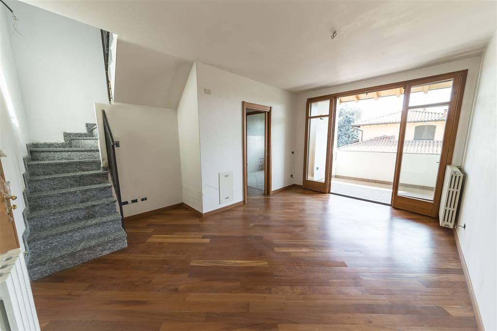 Appartamento in vendita a Lomagna, 2 locali, prezzo € 148.000 | PortaleAgenzieImmobiliari.it