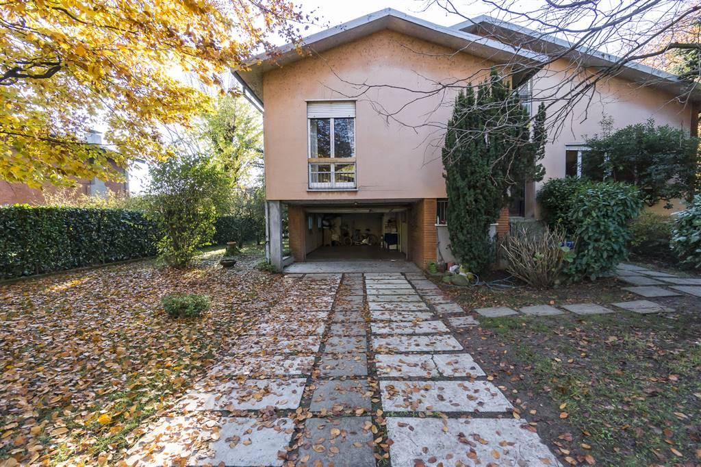 Villa in Via Pacinotti 16, Oreno, Vimercate