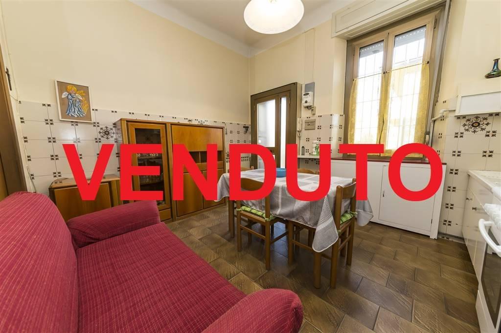 Bilocale in Via De Amicis  27, Concorezzo