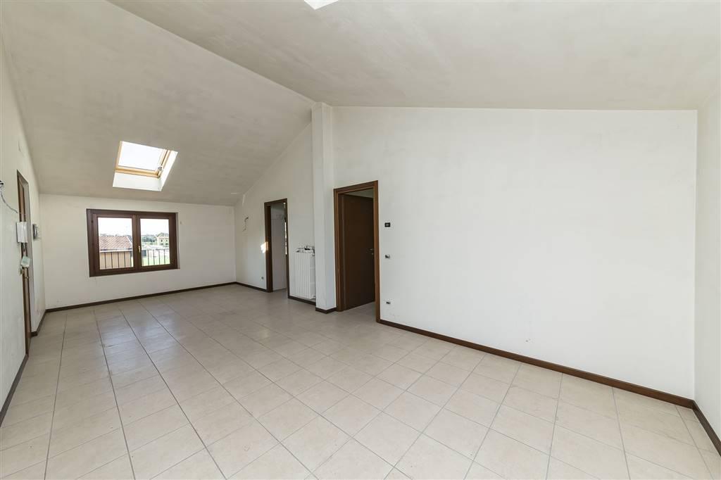 Appartamento a MONZA