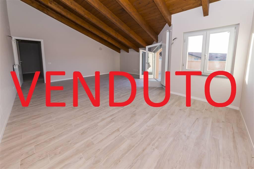 Attico / Mansarda in vendita a Lesmo, 3 locali, prezzo € 129.000 | PortaleAgenzieImmobiliari.it