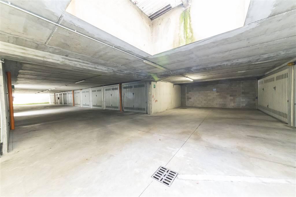Garage / Posto auto in Via Colleoni 41, Villasanta