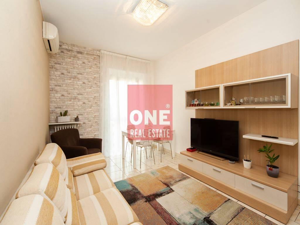Appartamento in vendita a Villasanta, 3 locali, prezzo € 169.000   CambioCasa.it