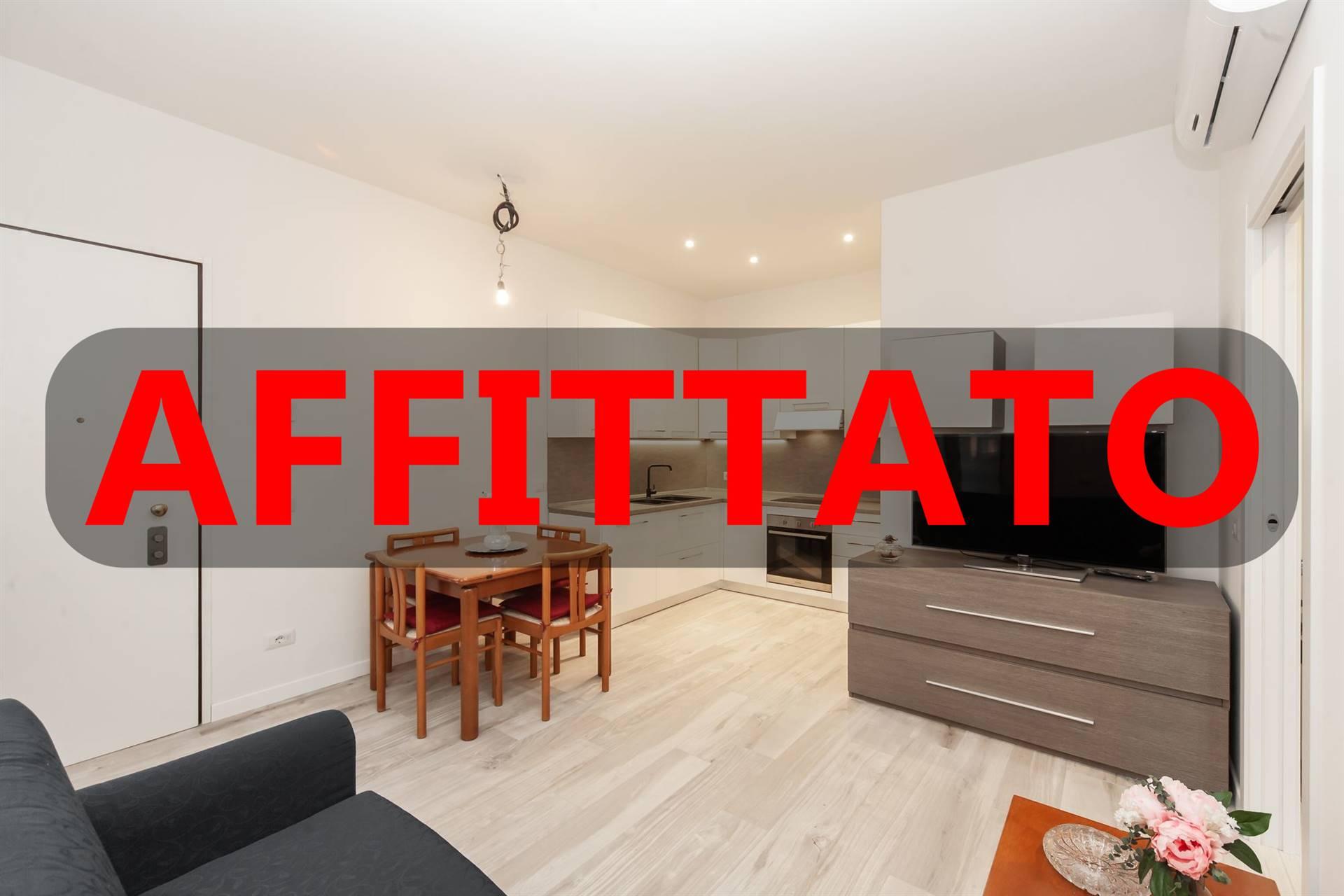 Appartamento in affitto a Monza, 2 locali, zona Zona: 1 . Centro Storico, San Gerardo, Via Lecco, prezzo € 790 | CambioCasa.it