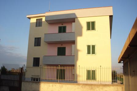 Palazzo in Ischitella, Ischitella Lido, Castel Volturno