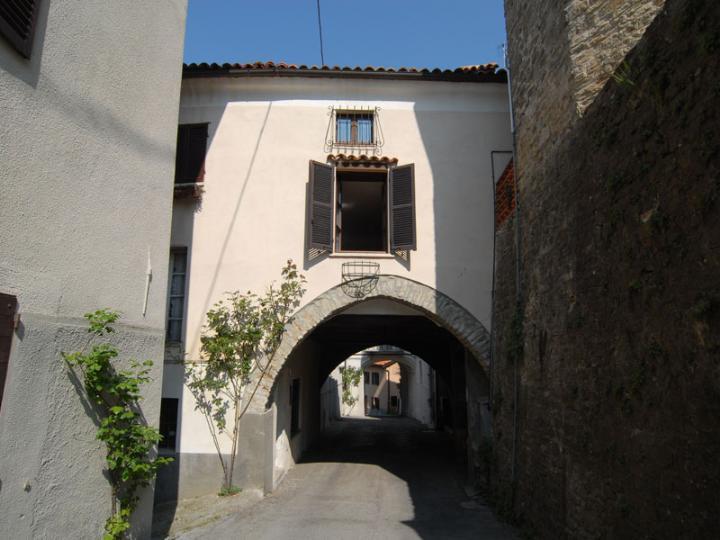 Appartamento in vendita a Bossolasco, 4 locali, prezzo € 110.000 | PortaleAgenzieImmobiliari.it